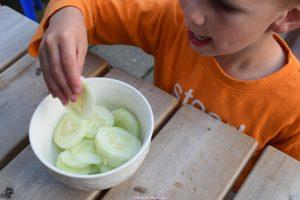kinderen, gezond, tussendoortje, schijfjes, komkommer